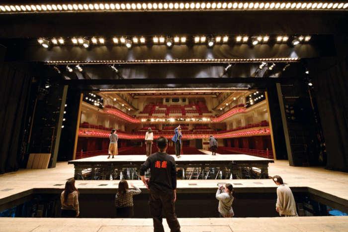 南座 夏の舞台体験ツアー