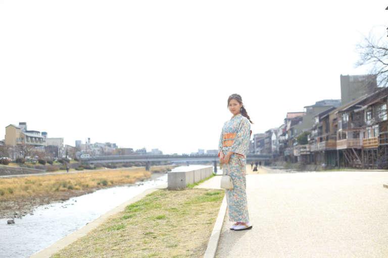 3月1日より祇園本店でもアンティーク着物レンタルプランの取り扱いを開始します