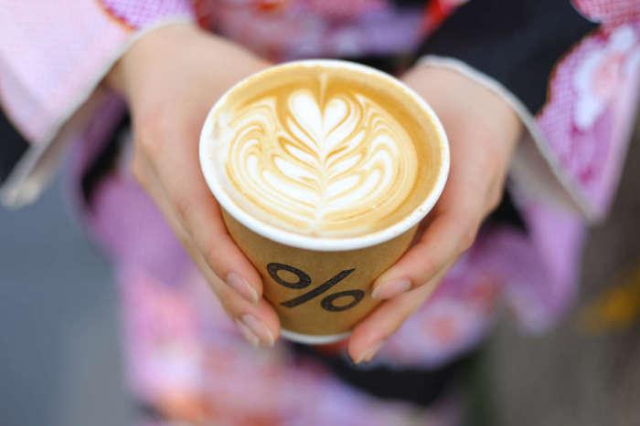 アラビカコーヒーのラテアート
