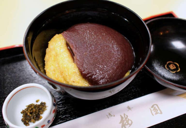 しっとり風情ある甘味処へ。老舗「浅草梅園」の名物「あわぜんざい」を食べてみて!