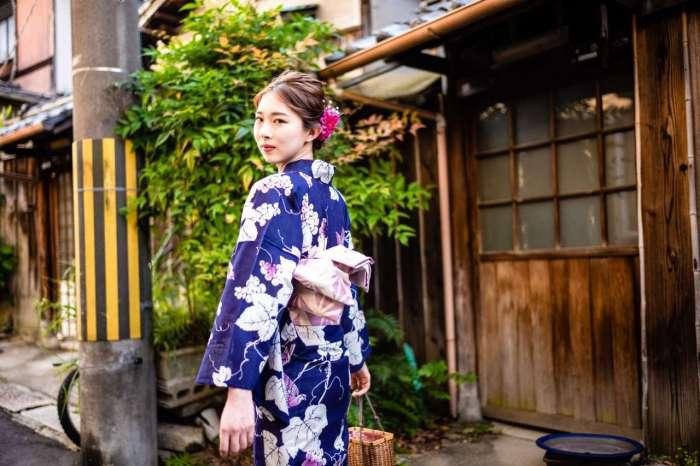 祇園で浴衣姿