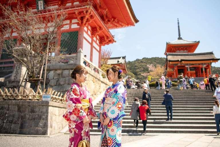 観られるのはあと少し!?工事中の貴重な清水の舞台へ 清水寺(京都市東山区)