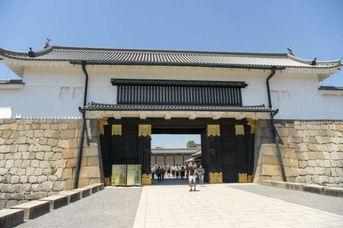 元離宮二条城の門