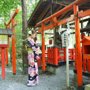 野宮神社に着物姿で参拝