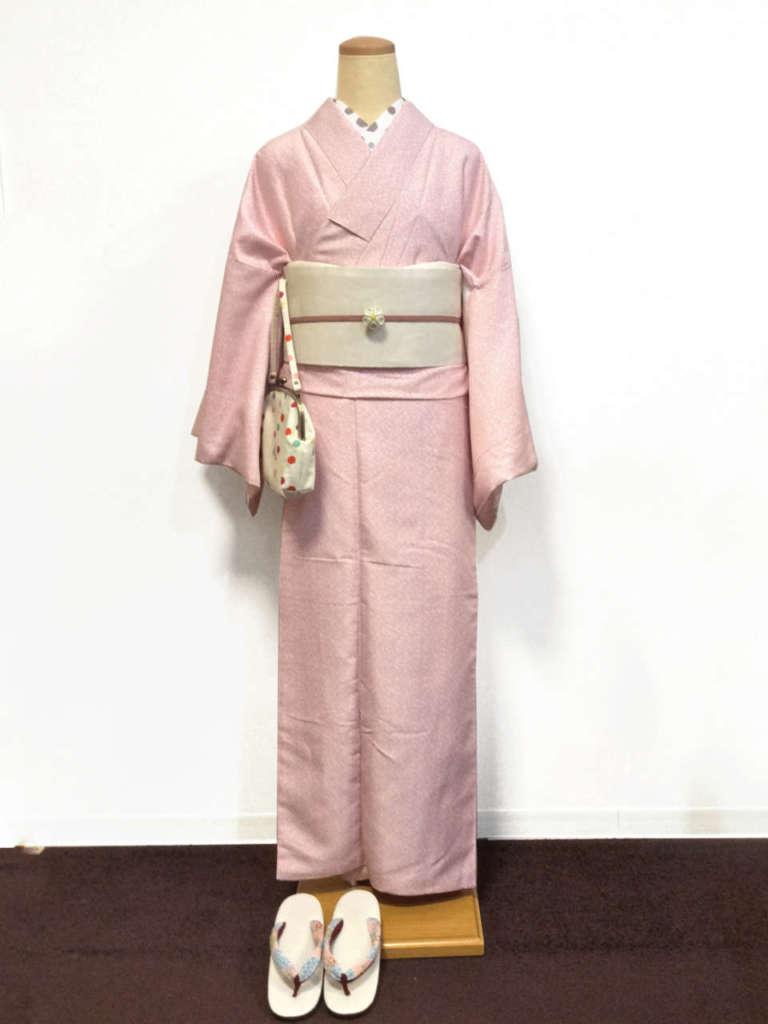 祇園新橋店よりスタンダード着物を中心に着物コーデを5つご紹介します♪