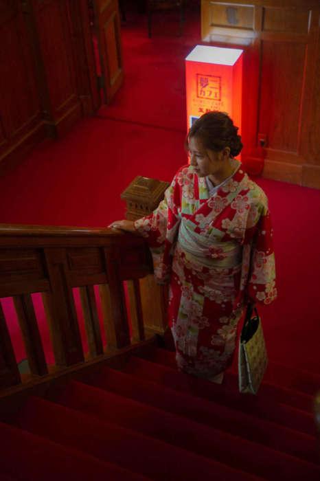 夢二カフェ五龍閣の階段